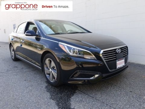 New 2017 Hyundai Sonata Hybrid Limited FWD 4D Sedan