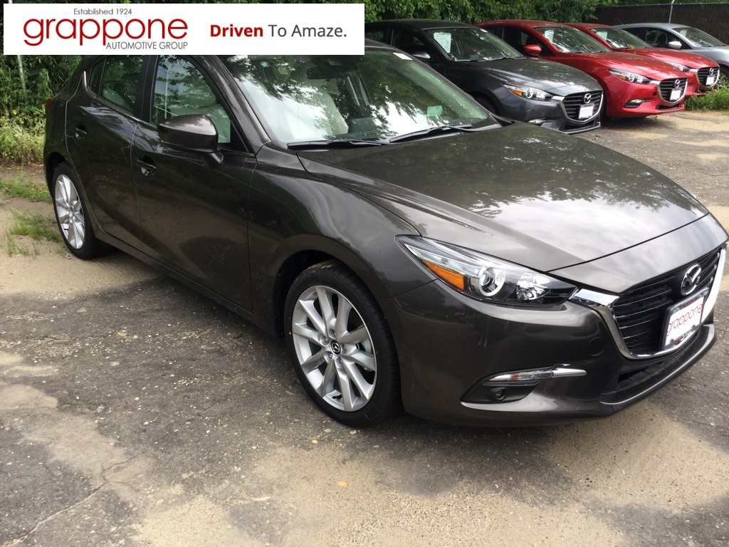 Pre Owned 2017 Mazda3 Grand Touring